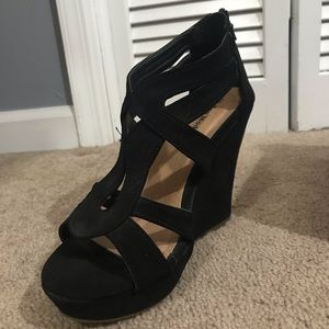7540f9970 Melissa Abed s Closet ( momabed)